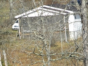 Sold! 2266 Blake's Fork, W-burg   14 acres conveniently located near I-75 at Goldbug   house & barn & extra septic system  $99,900