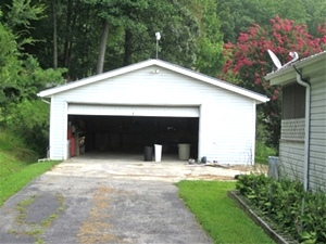 SOLD! 470 Cane Creek Rd., Williamsburg | Three bedroom, 2 bath double wide (28 X 44) on approximately .8 acre