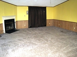 5280 S Hwy 25w, Wmsbg  Large fenced lot, 1990 26' X 54 double wide, 3 bedrooms, 2 baths, kitchen, large living room w/fireplace,