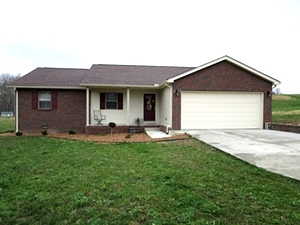 Motivated Seller! 86 Hickory Hill Drive, Corbin, KY   $149,500 REDUCED
