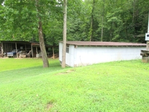 5439 Lot Mud Ck. Rd. | A 2005 28X64 KABCO MH on 2 ½ surveyed acres. Location offers plenty of privacy.