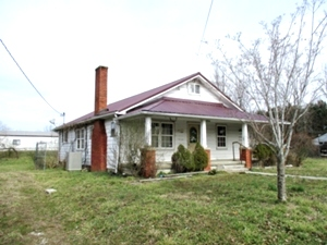 321 Cementery Rd. | Here's a handy-man special featuring over 1300 sf of living space