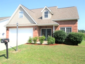 Sale Pending! 8 Lollie Drive, Williamsburg, KY   $172,900
